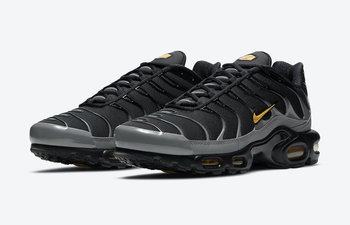 Nike Tuned 1 Black Laser Orange DC0956-001 02