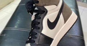 "Official Release Date Of Air Jordan 1 High OG ""Dark Mocha"" Postponed! 02"