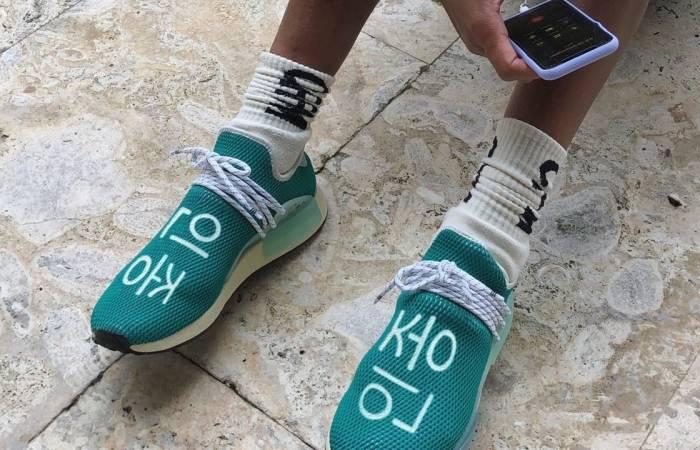 Pharrell adidas NMD Hu Teal Q46466 on foot 01