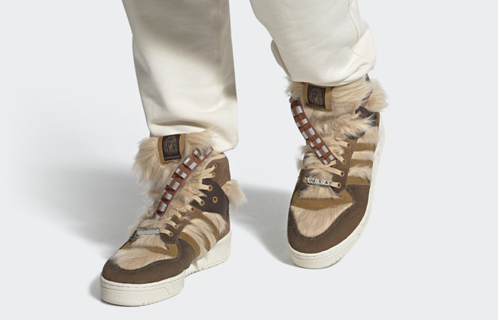 Star Wars adidas Rivalry Hi Chewbacca FX9290 on foot 01