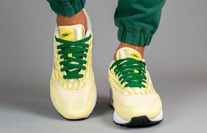 Nike Air Max 1 Lemonade CJ0609-700 on foot 02