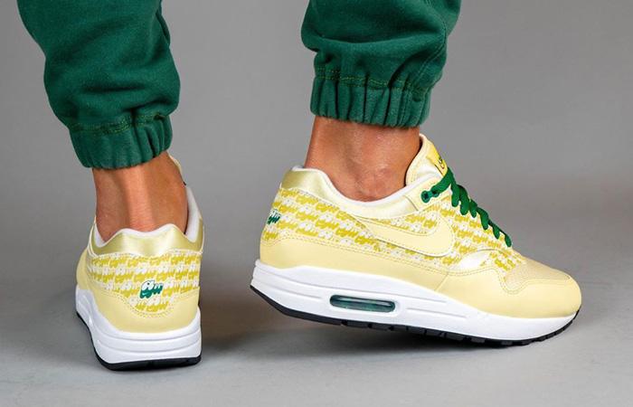 Nike Air Max 1 Lemonade CJ0609-700 on foot 03