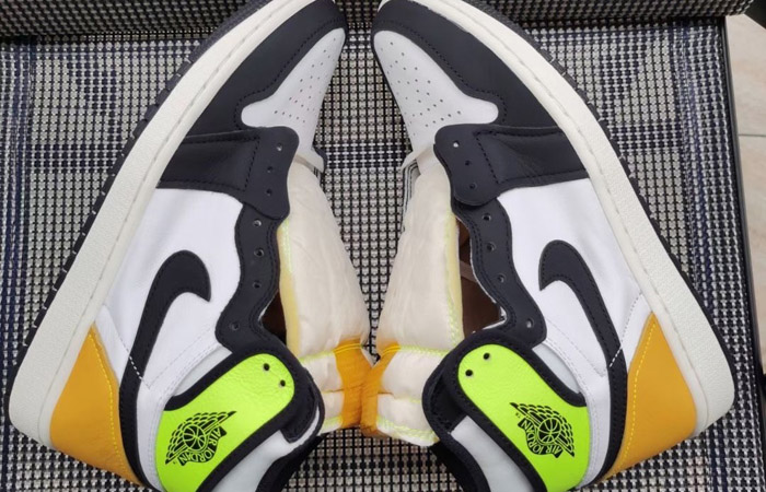 Air Jordan 1 High Volt Gold White 555088-118 03