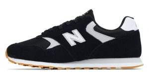 End Of Season Sale New Balance Is Offering 30% Off On These Footwear! 11