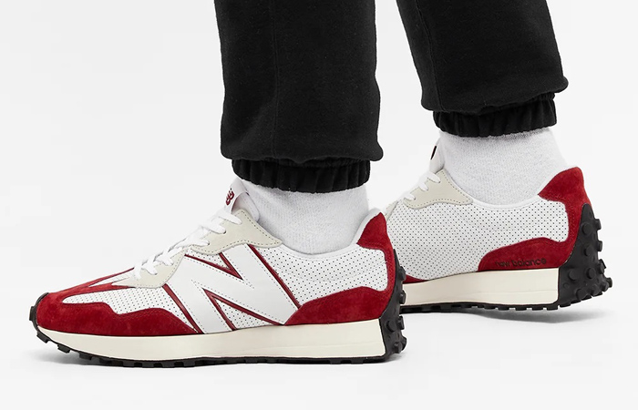 New Balance 327 Perforated Pack White Red MS327PE on foot 01