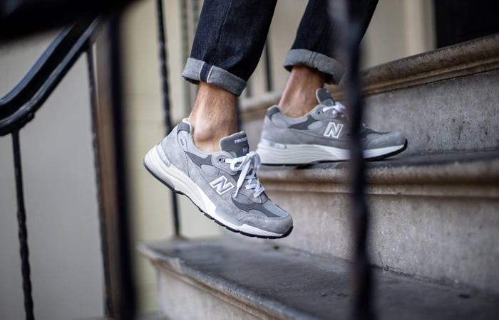 New Balance 992 Grey M992GR on foot 01