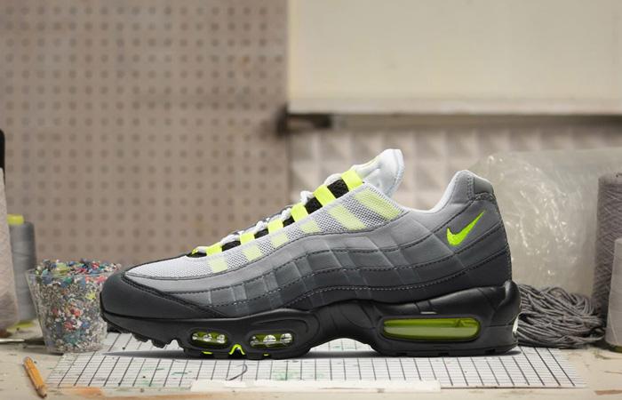 Nike Air Max 95 OG Neon Yellow Light Graphite CT1689-001 02