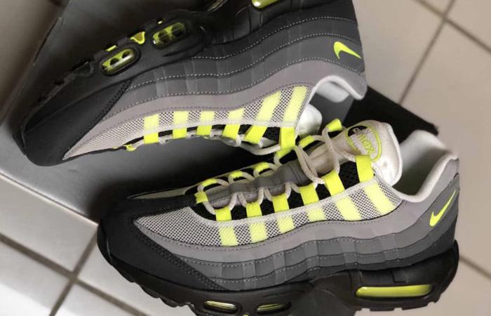 Nike Air Max 95 OG Neon Yellow Light Graphite CT1689-001 03