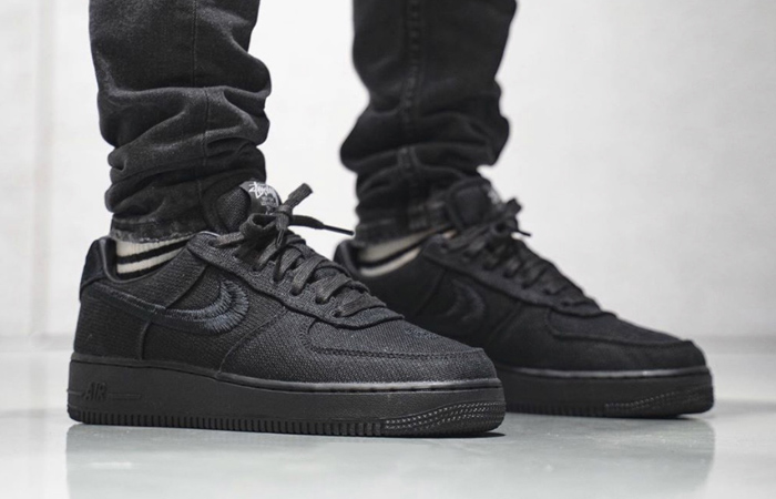 Stussy Nike Air Force 1 Low Core Black CZ9084-001 on foot 01