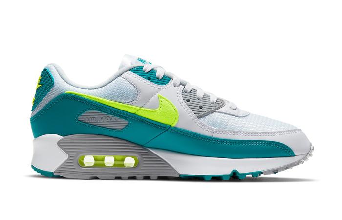 Nike Air Max 90 Spruce Lime White CZ2908-100 03