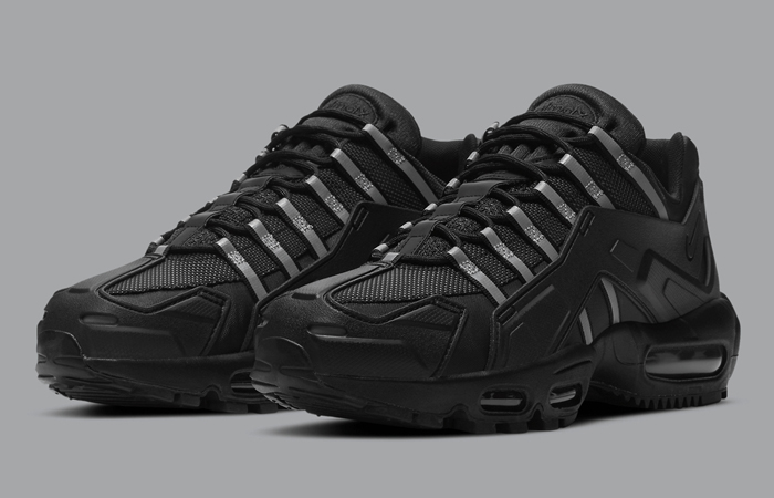 The Nike Air Max 95 NDSTRKT Is Shining In Black ft