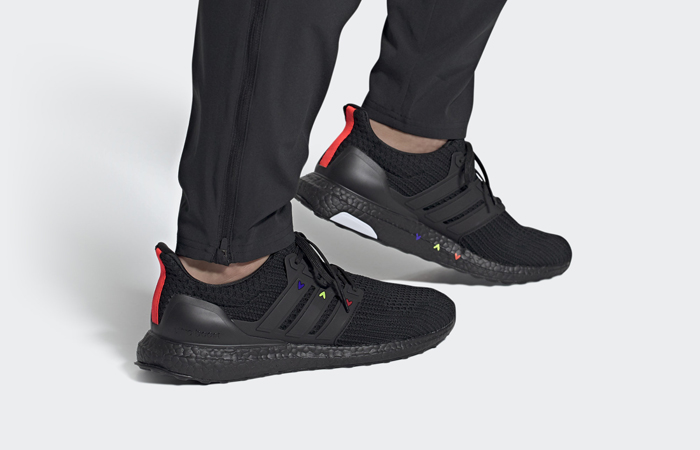 adidas Ultra Boost 4.0 DNA Core Black GZ9227 on foot 01