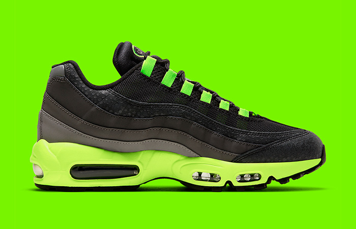 Nike Air Max 95 Kiss My Airs Black Lime Green DJ4627-001 03