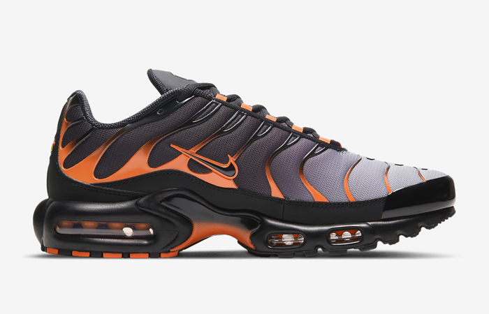 Nike Air Max Plus Black Team Orange DD7111-002 03