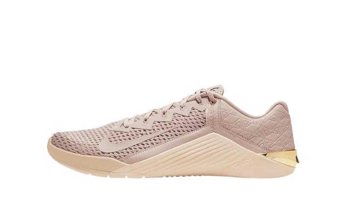 Nike Metcon 6 Particle Beige CV1262-222 01