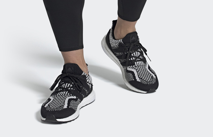 adidas Ultra Boost DNA 5.0 Oreo FY9348 on foot 01