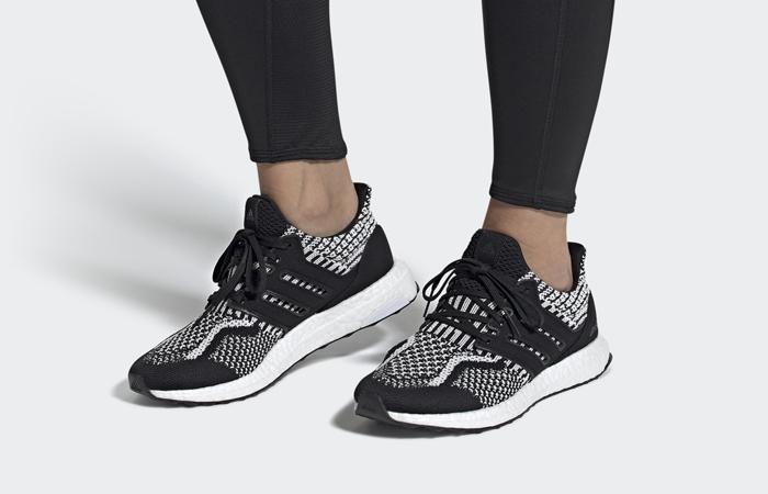 [Imagen: adidas-Ultra-Boost-DNA-5.0-Oreo-Womens-F...oot-01.jpg]