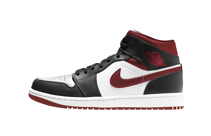 Air Jordan 1 Mid Oreo Metallic Red 554724-122 01