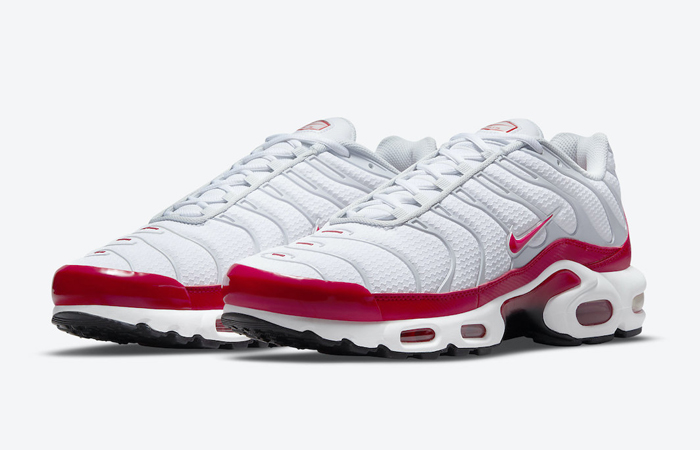 Nike TN Air Max Plus White University Red DM8332-100 02