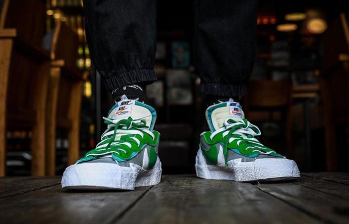 sacai Nike Blazer Low Medium Grey Classic Green DD1877-001 on foot 03