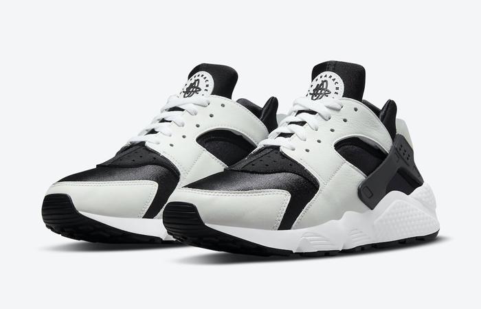 Nike Air Huarache Black White DD1068-001 02