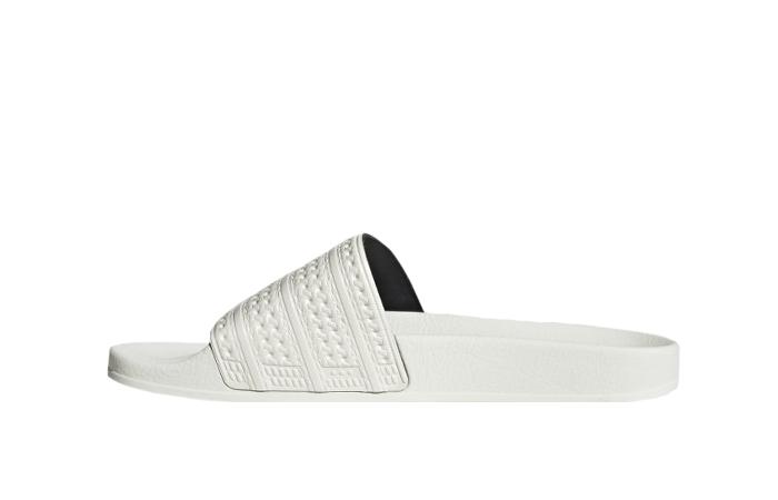 adidas Adilette Slides Chalk White GZ0519 01