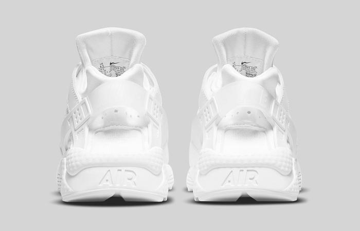Nike Air Huarache Triple White DH4439-102 05