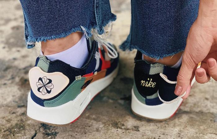 Nike Air Max 90 Scrap College Navy Womens DJ4878-400 on foot 01