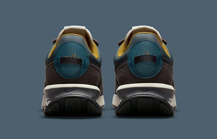 Nike Air Max Pre-Day Muted Earth DC5330-301 back