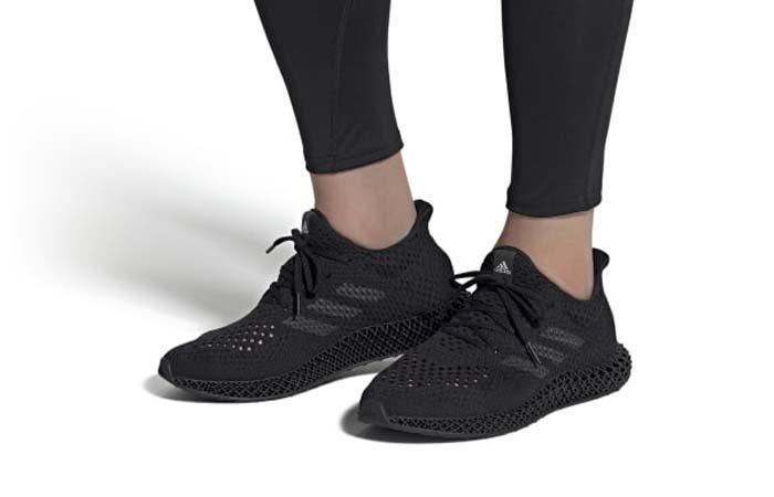 adidas Futurecraft 4D Triple Black Q46228 on foot 01