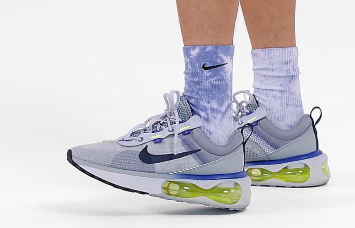 Nike Air Max 2021 Blue DA1925-002 on foot 01