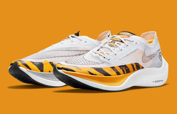 Nike ZoomX Vaporfly Next% 2 BRS White Gold DM7601-100 front cornerf