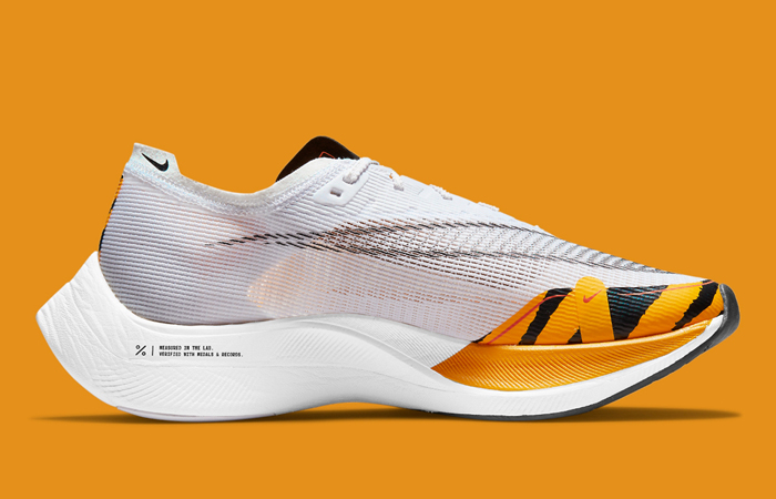 Nike ZoomX Vaporfly Next% 2 BRS White Gold DM7601-100 right