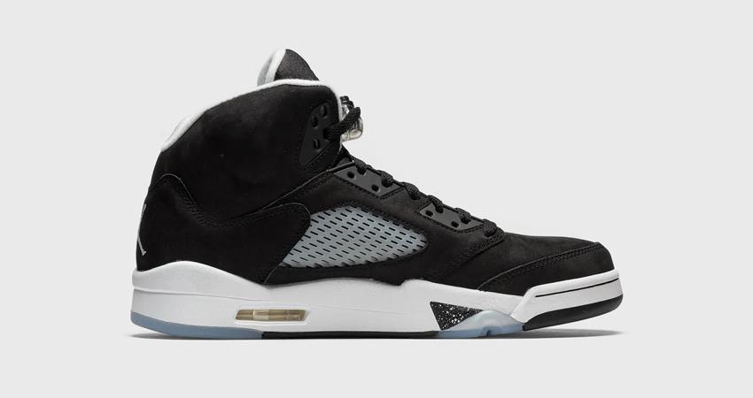 Air Jordan 5 Oreo Black has a Release Date 02