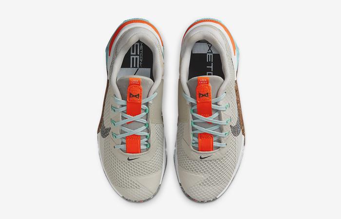 Nike Metcon 7 Womens Light Bone Custom DA9624-091 up