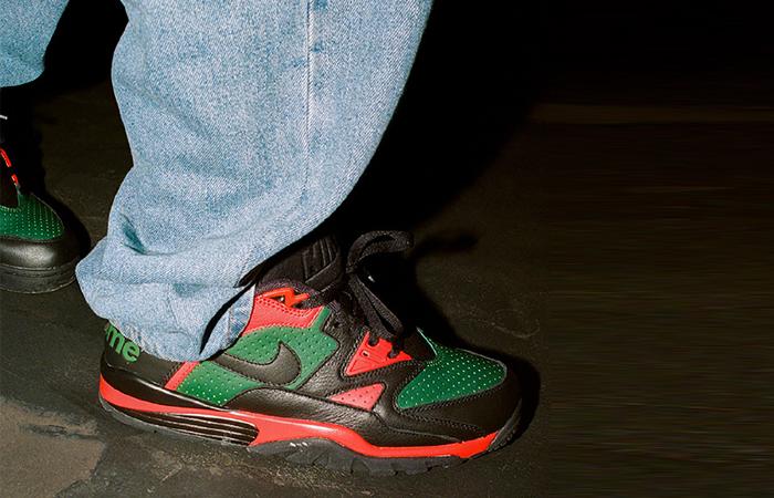 Supreme Nike Air Cross Low Black Green CJ5291-001 on foot 01